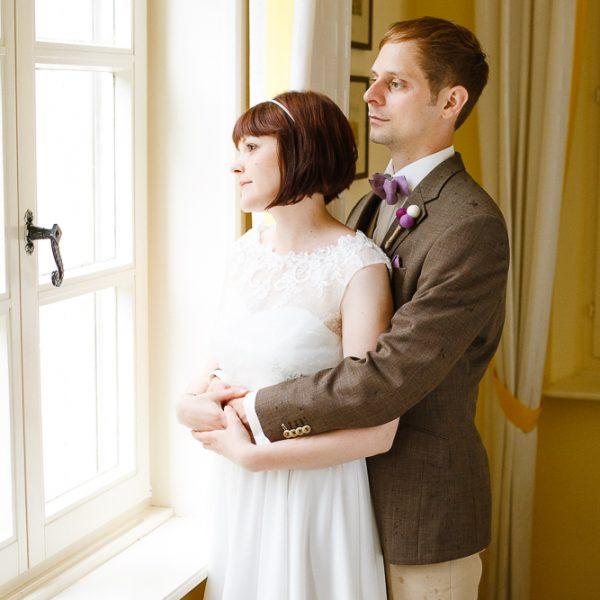 Brautpaarportrait-Fenster