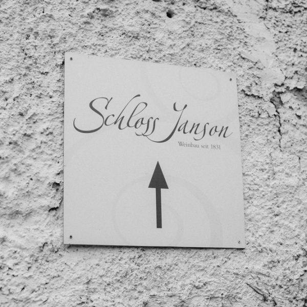 Schild-Schloss-Janson