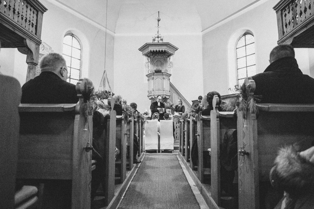 Kirchengang-Weitwinkel