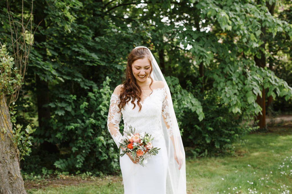 Schleier-Braut