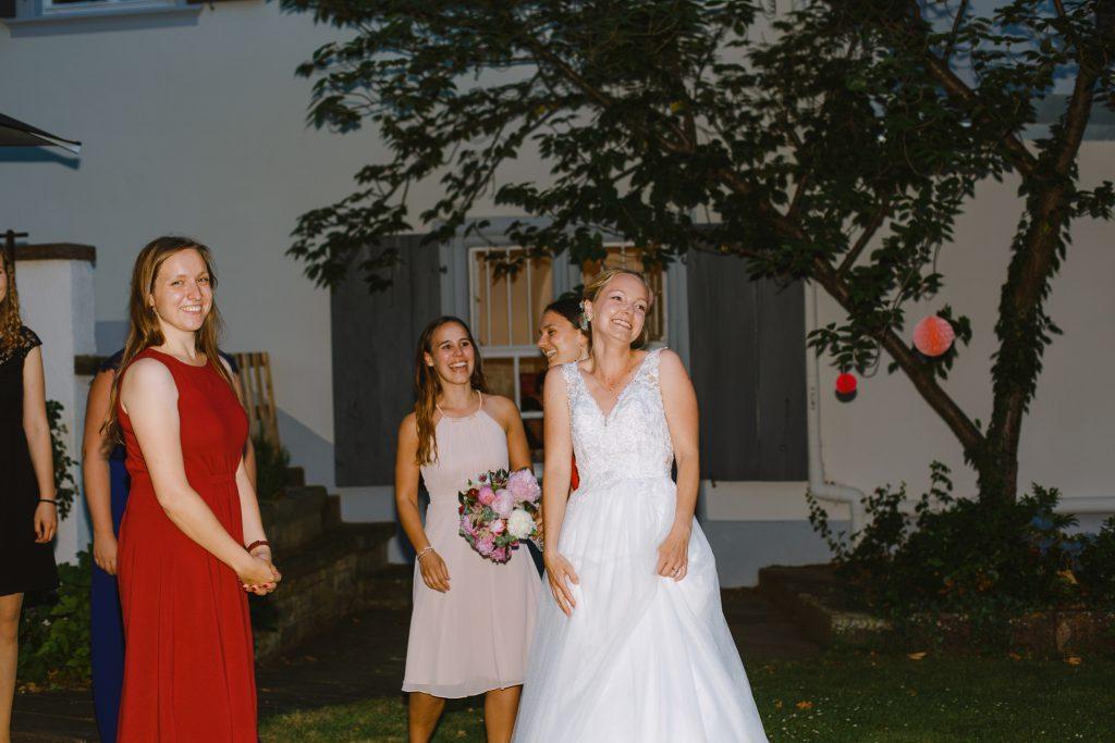 Brautstraußswurf